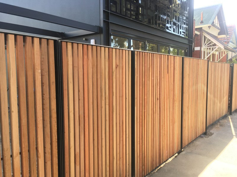 Timber Slat Fencing And Sliding Gate Gatepower