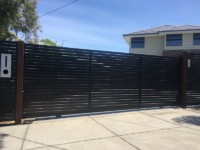 HORIZONTAL SLAT SLIDER - MATT BLACK - PARKDALE